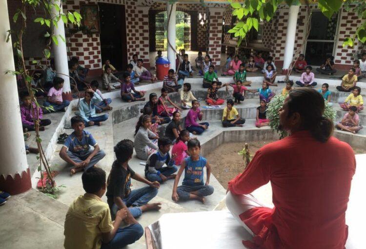 8 Yoga project - yoga leraar